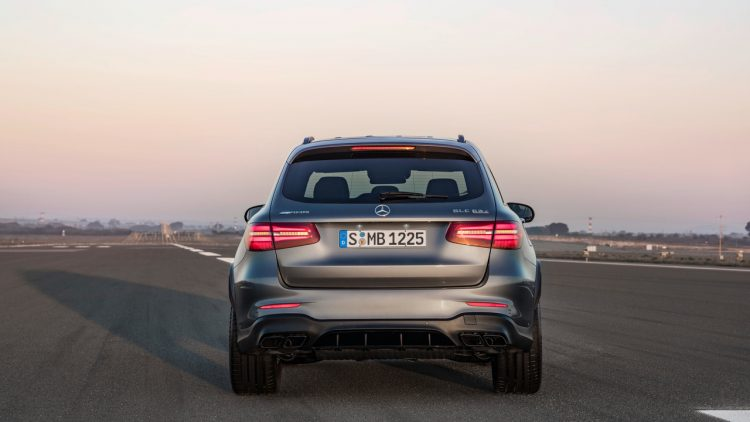 mercedes-amg-glc63-coupe-2017-18