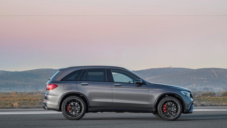 mercedes-amg-glc63-coupe-2017-19