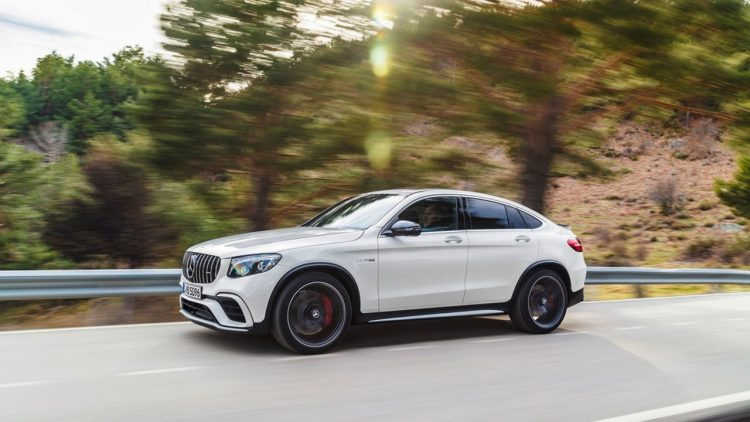 mercedes-amg-glc63-coupe-2017-3