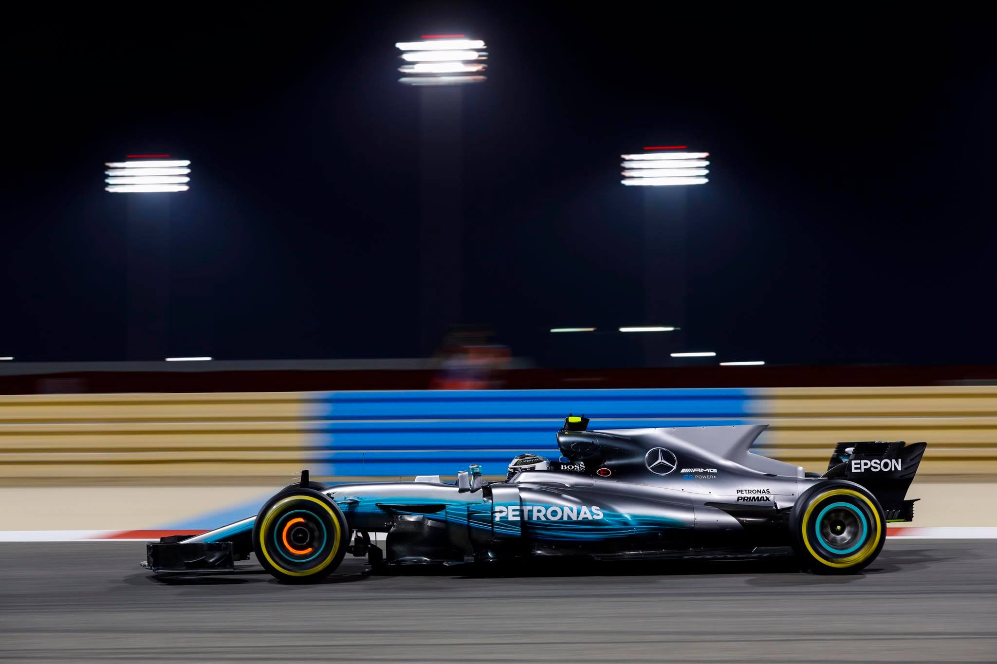 Mercedes F1 Bahrein 2017 Les Voitures