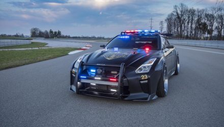 nissan-gt-r-police-pursuit-salon-new-york-2017-copzilla-godzilla