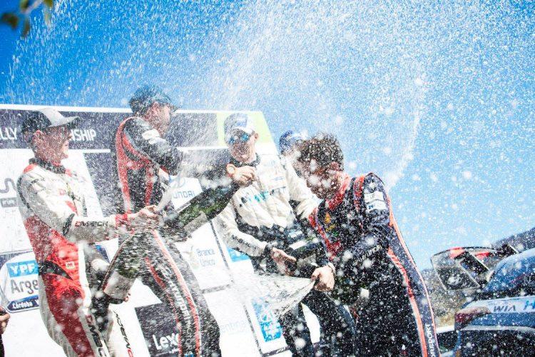 Hyundai-argentina-neuville-podium