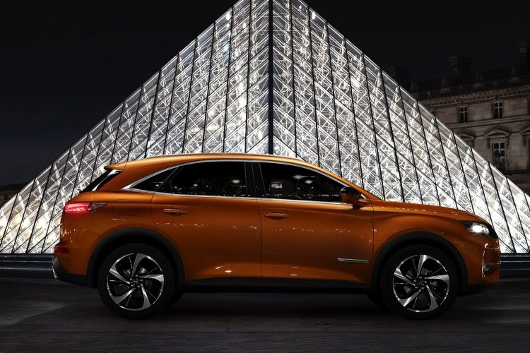 ds-7-crossback-LOUVRE