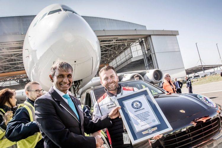 porsche-cayenne-airbus-a380-record
