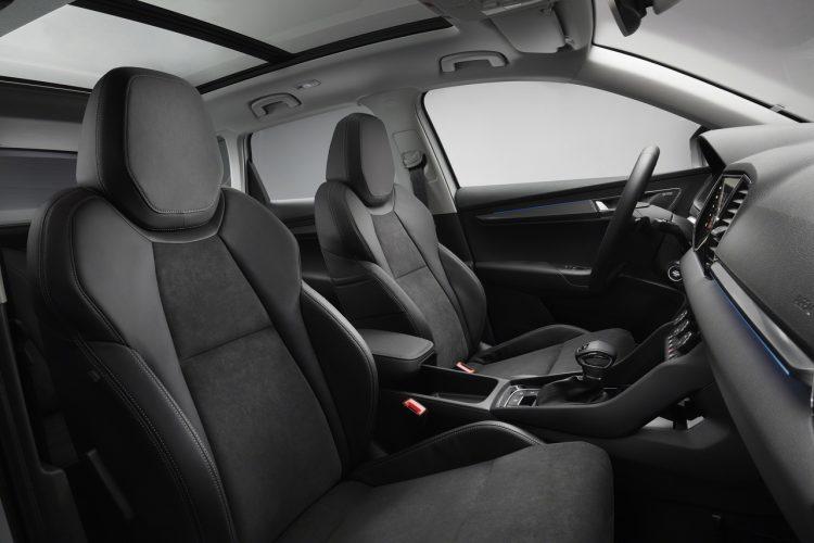 skoda-karoq-interior