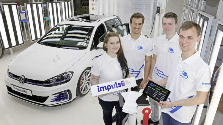 worthersee-2017-volkswagen-golf-gte-impulse-student