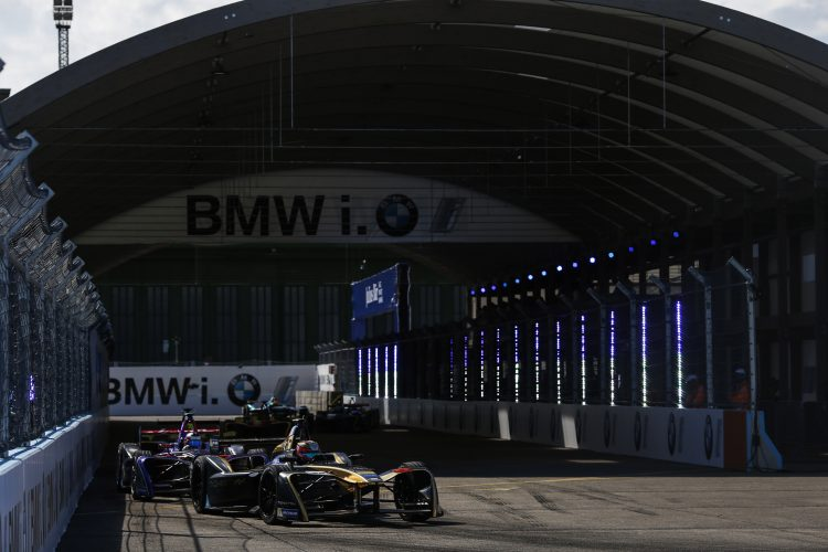 2016/2017 FIA Formula E Championship. Round 8 - Berlin ePrix, Tempelhof Airport, Berlin, Germany. Sunday 11 June 2017. Jean-Eric Vergne (FRA), Techeetah, Spark-Renault, Renault Z.E 16. Photo: Alastair Staley/LAT/Formula E ref: Digital Image _X0W1480