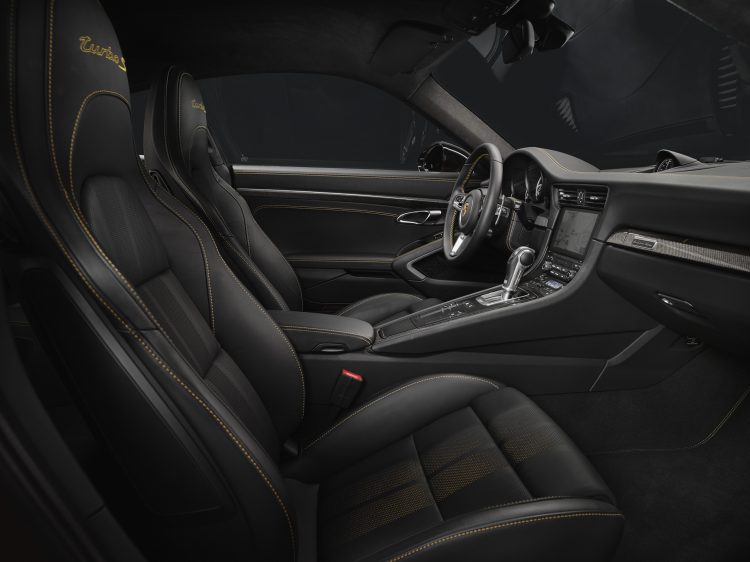 Porsche-911-turbo-s-exclusive-series-2017-interior