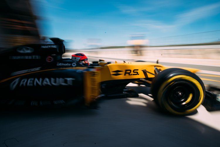 Robert-Kubica-Renault-Formule-1-valence