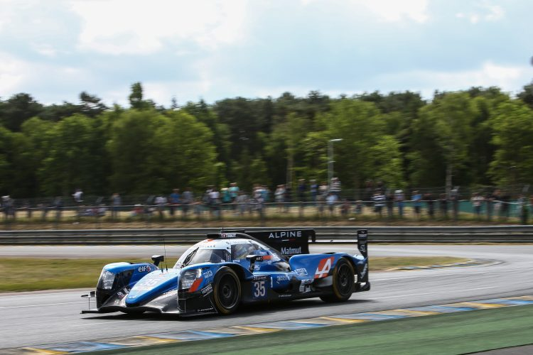 #35 SIGNATECH ALPINE MATMUT (FRA) Category : LM P2 Cars : ALPINE A470 - GIBSON Tyres : DUNLOP Drivers : Nelson PANCIATICI (FRA) Pierre RAGUES (FRA) André NEGRAO (BRA)