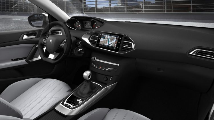 peugeot-308-facelift-2017-interior