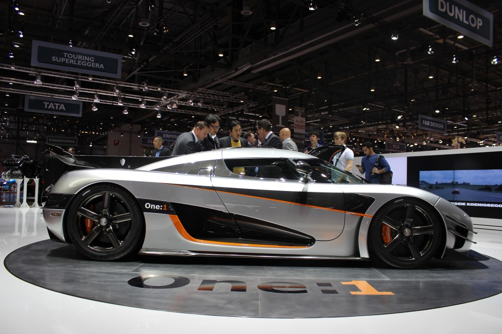 koenigsegg one 1 la m gacar en d tails gen ve les voitures. Black Bedroom Furniture Sets. Home Design Ideas
