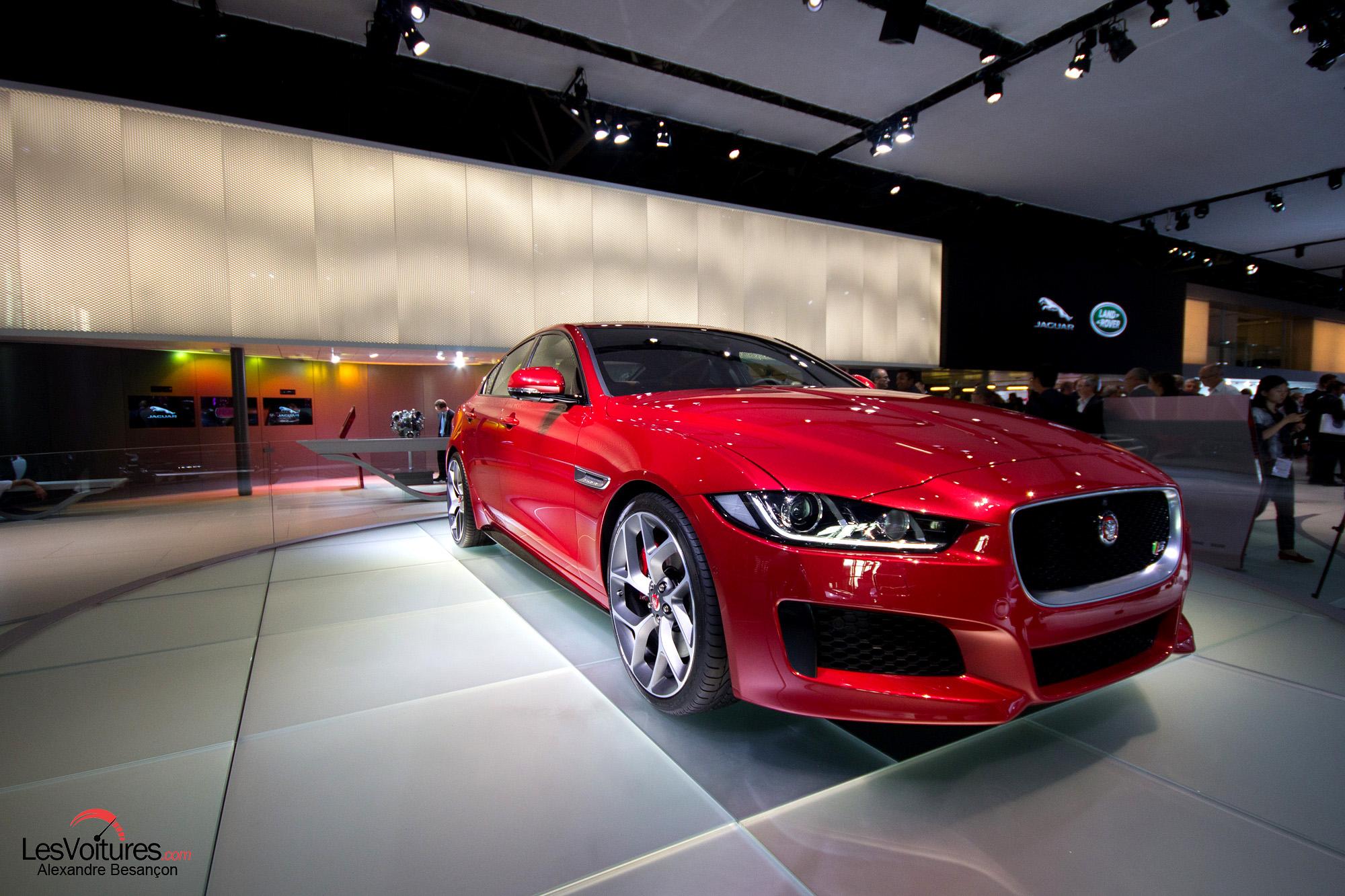 jaguar xe la nouvelle berline lue plus belle voiture de l 39 ann e 2014 les voitures. Black Bedroom Furniture Sets. Home Design Ideas
