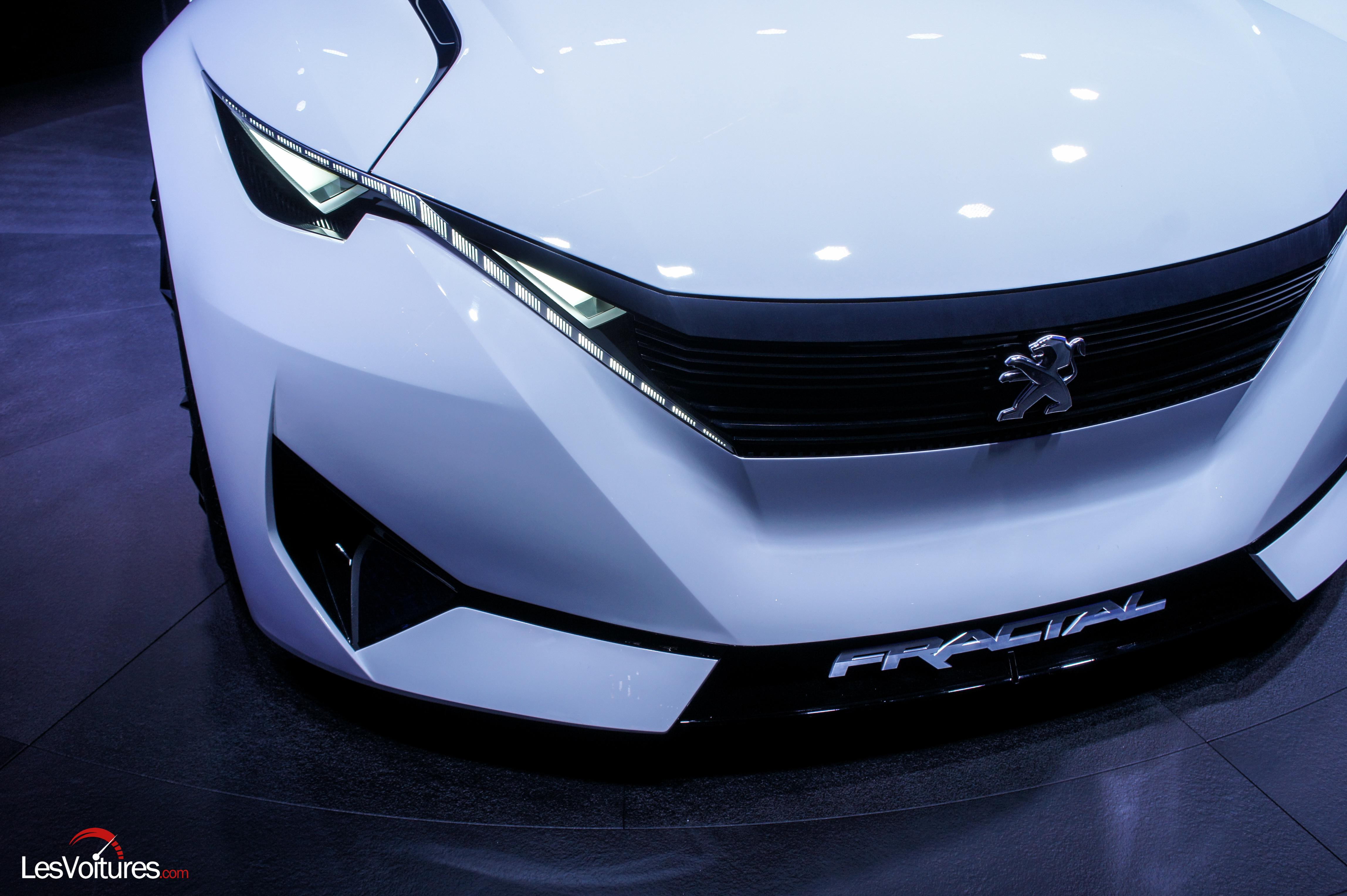 Noir boitage Peugeo Peugeot Fractal Coupe concept car Salon Francfort Blanc