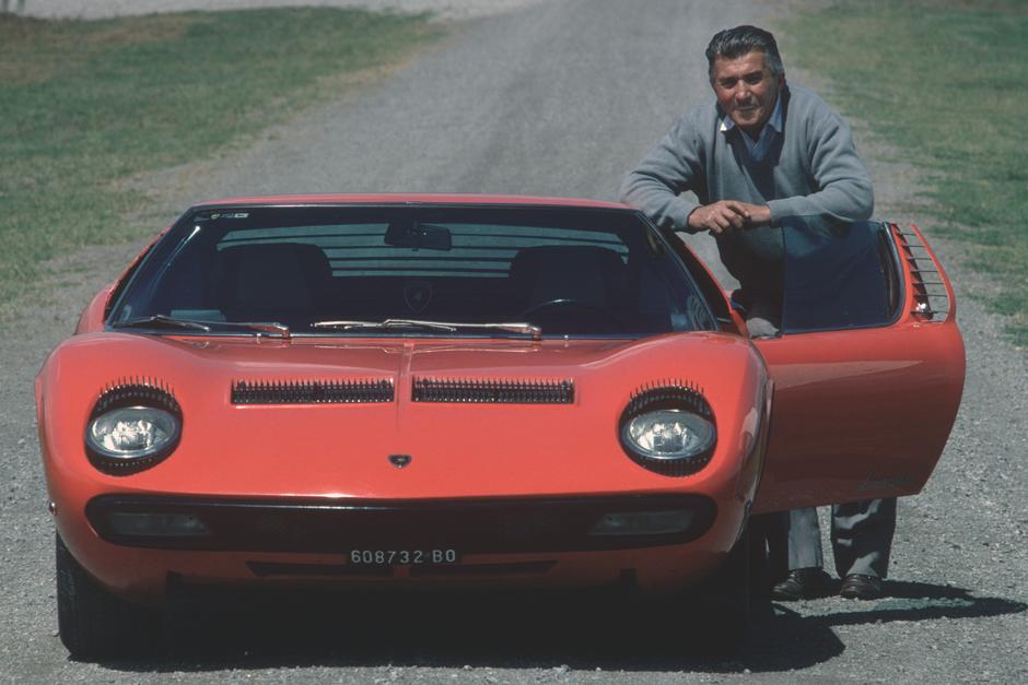 Lamborghini L Histoire Du Constructeur Italien Bient 244 T