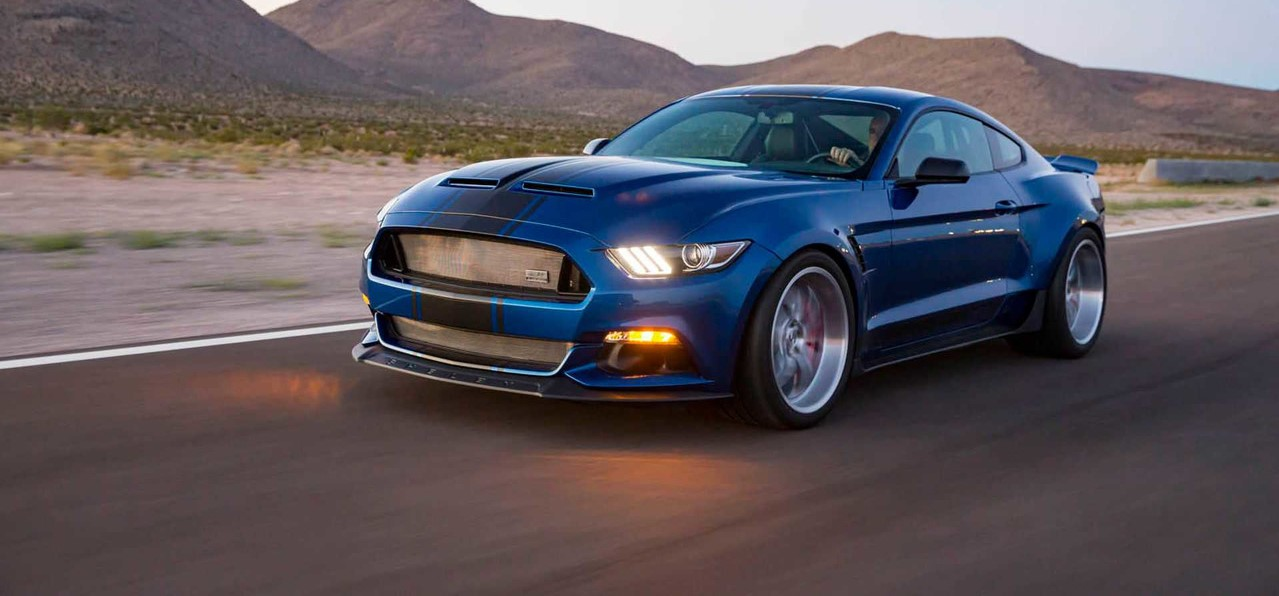 ford mustang shelby super snake widebody concept 750 ch et un look encore plus imposant. Black Bedroom Furniture Sets. Home Design Ideas