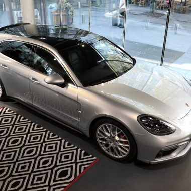 Porsche Panamera Sport Turismo : elle débarque à Paris, shooting photo…