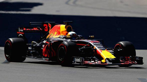 Ricciardo-Grand-Prix-Azerbaïdjan-2017-winner