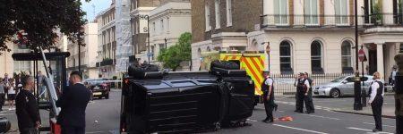 Londres : une Toyota Prius met KO un Mercedes-Benz Brabus G 500 (vidéo)