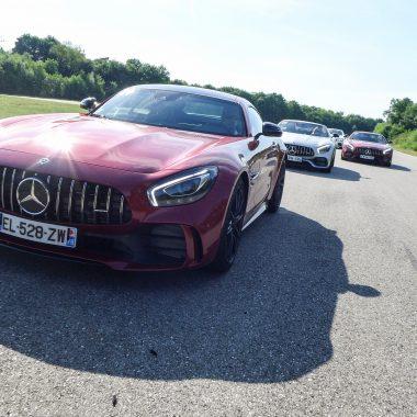 Mercedes-AMG GT R : en piste pour les 50 ans des 3 lettres !