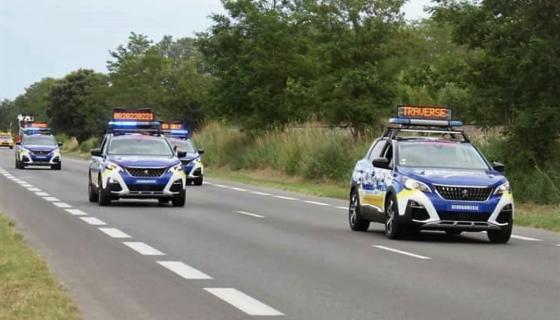 peugeot-3008-gendarmerie-tour-de-france-2017