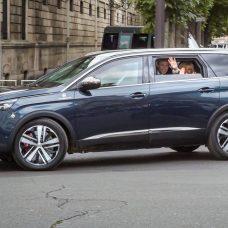 Peugeot 5008 : le «carrosse présidentiel» du 14 juillet !