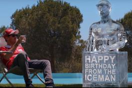 video-vettel-cadeau-raikkonen-statut-glace-ice-man-ups