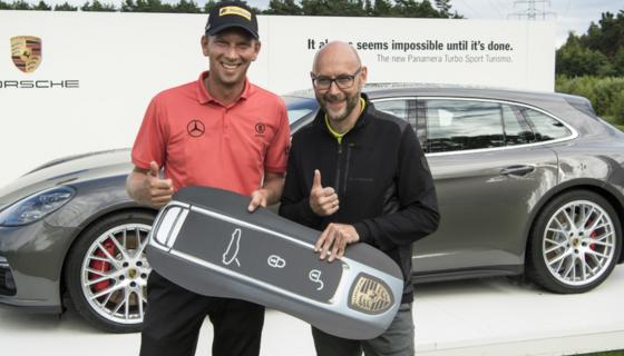 Marcel-Siem-Porsche-Panamera-Sport-Turismo-golf