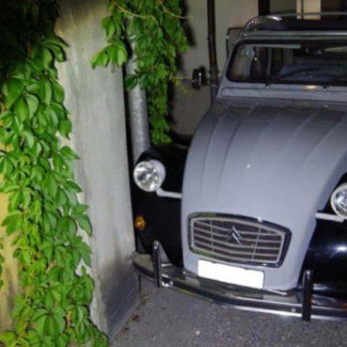 Suisse : course-poursuite insolite à bord d'une Citroën 2 CV volée