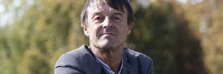 Ecologie : Nicolas Hulot le ministre aux 6 voitures polluantes