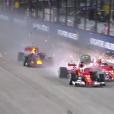 Vidéo : l'improbable accident des Ferrari au départ du GP de Singapour !