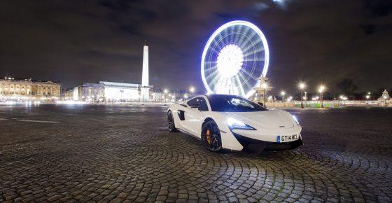 mc-laren-570gt-paris-photo-les-voitures-noel-christmas-5