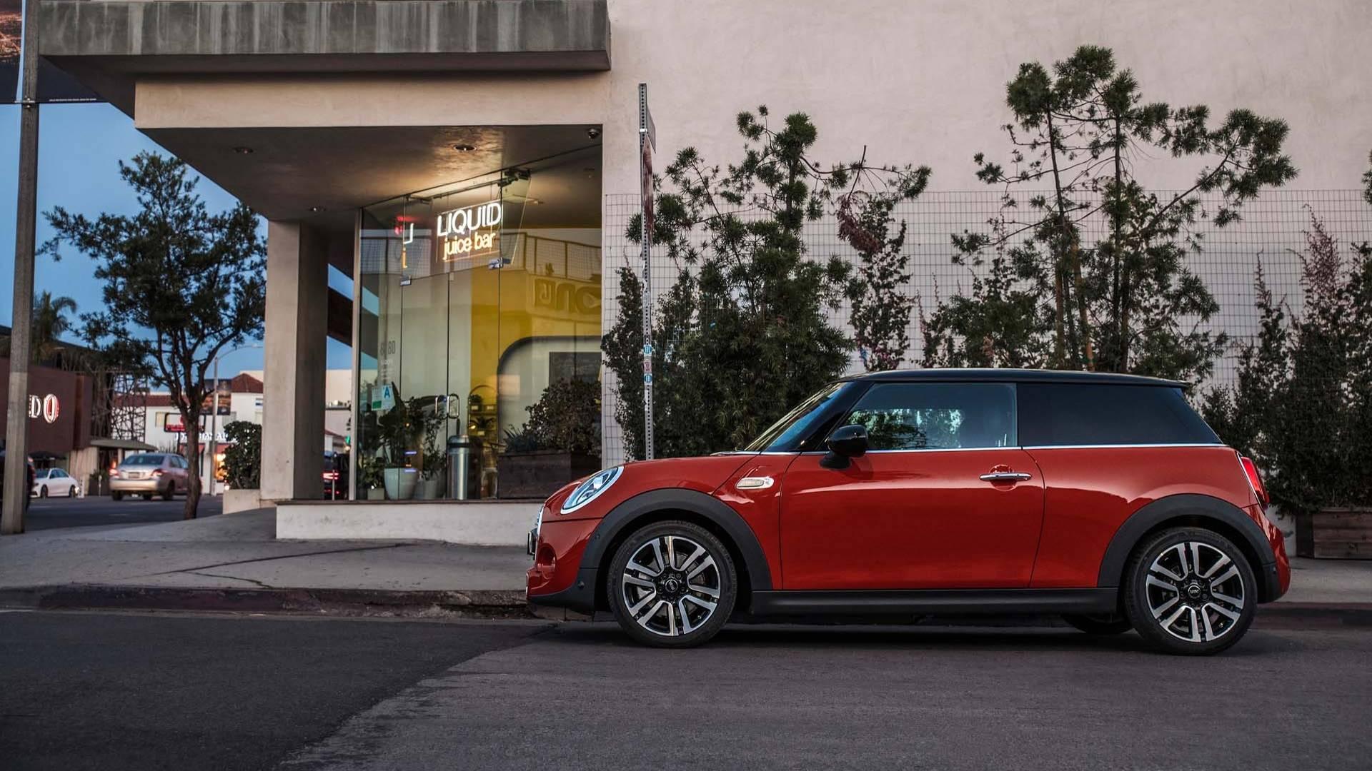 2019 mini cooper convertible restylee 11 les voitures. Black Bedroom Furniture Sets. Home Design Ideas