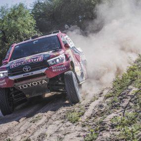 Dakar – Etape 13 : Al-Attiyah vainqueur, Sainz tout près du succès