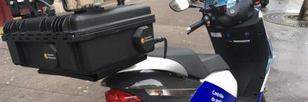 Paris : les «scooters-flasheurs» déjà en action contre la fraude au stationnement
