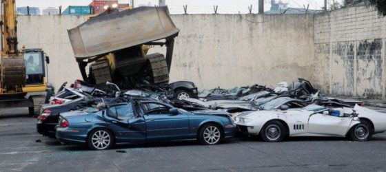 car-philipinnes-video-destruction
