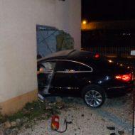 Vesoul : un automobiliste finit dans le salon d'une maison