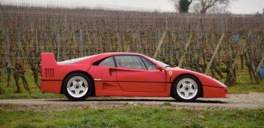 Ferrari-F40-Artcurial-champs-elysees-2018.png