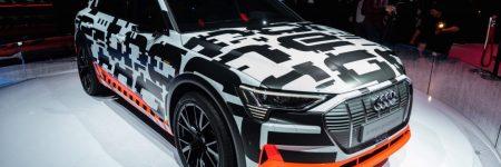 Audi e-tron prototype : le premier SUV électrique aux anneaux en approche