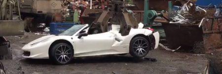 Angleterre : la police détruit une Ferrari 458 Italia Spider (vidéo)