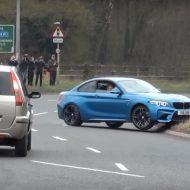 Rassemblement : un propriétaire de BMW M2 s'humilie (vidéo)