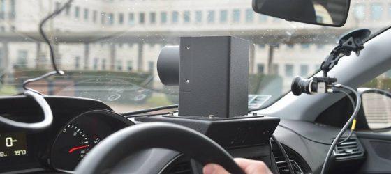 Présentation à la presse des voitures radar pilotées par des prestataires privés, en présence d'Emmanuel Barbe (délégué ministériel à la sécurité routière) et Thierry Coudert (Préfet de l'Eure). Deux des trois caméras scrutant la route devant le véhicule *** Local Caption *** Les radars embarqués privés vont flasher en Eure-et-Loir Les voitures banalisées de sociétés privées avec radar embarqué vont être déployées dans le département d'Eure-et-Loir en 2018.