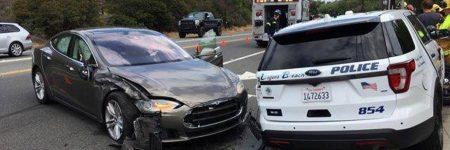 USA : une Tesla Model S en mode Autopilot percute une voiture de police