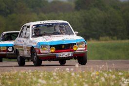 video-Peugeot-Tour-Auto-504-Berline-Coupé