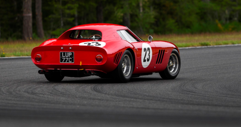 ferrari 250 gto vente record de 41 millions d 39 euros les voitures. Black Bedroom Furniture Sets. Home Design Ideas
