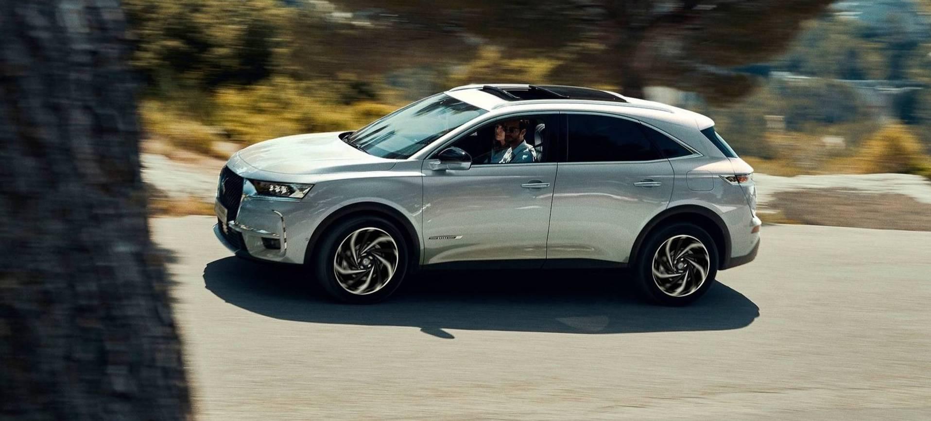 ds 7 crossback e tense 4x4 suv hybride premium les voitures. Black Bedroom Furniture Sets. Home Design Ideas