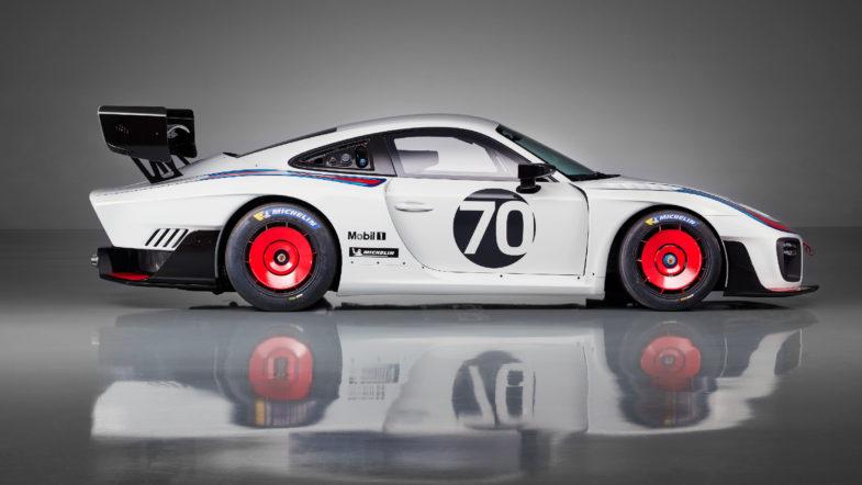 Porsche dévoile sa nouvelle 935 - Moteurs