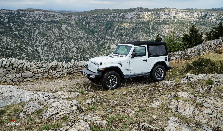 jeep wrangler le retour d 39 une ic ne essai les voitures. Black Bedroom Furniture Sets. Home Design Ideas