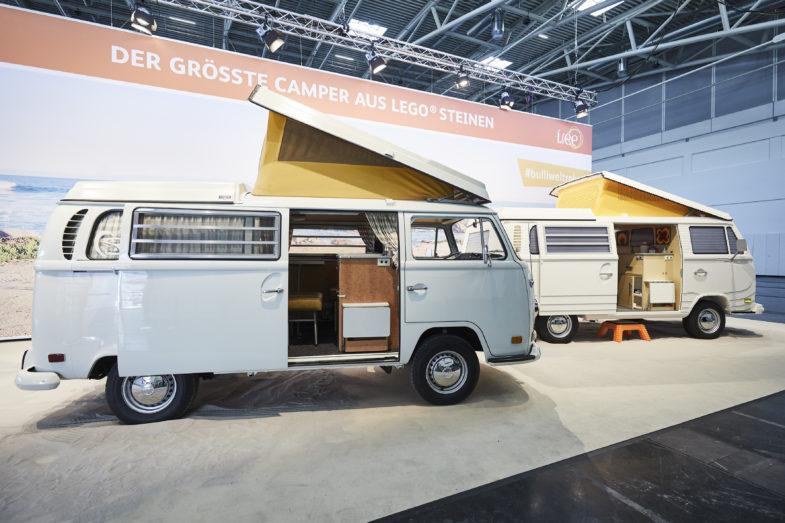 volkswagen combi t2 de retour en lego taille r elle les voitures. Black Bedroom Furniture Sets. Home Design Ideas