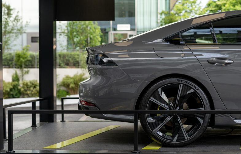 2019 - [PEUGEOT] Concept 508 Peugeot Sport Engineered - Page 17 Peugeot-e-208-508-Roland-Garros-2019-07224-785x502